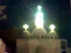 2009, le cupole con al centro la figura lucente
